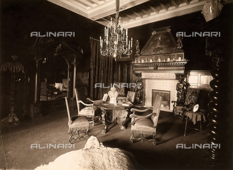 AVQ-A-000443-0015 - A small parlour of Villa Zina, former Villa Giulia in Bellagio on the Lake Como. - Data dello scatto: 1915 ca. - Archivi Alinari, Firenze
