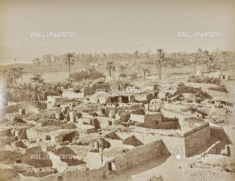 AVQ-A-000523-0044 - Villaggio di Karnak, Egitto - Data dello scatto: 1880 - 1890 - Raccolte Museali Fratelli Alinari (RMFA), Firenze