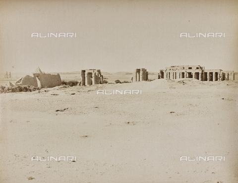 AVQ-A-000523-0049 - Medinet Habu, tempio funerario di Ramses III, Tebe, Egitto - Data dello scatto: 1880 - 1890 - Raccolte Museali Fratelli Alinari (RMFA), Firenze