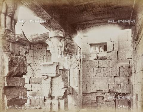 AVQ-A-000523-0051 - Medinet Habu, tempio funerario di Ramses III, Tebe, Egitto - Data dello scatto: 1880 - 1890 - Raccolte Museali Fratelli Alinari (RMFA), Firenze