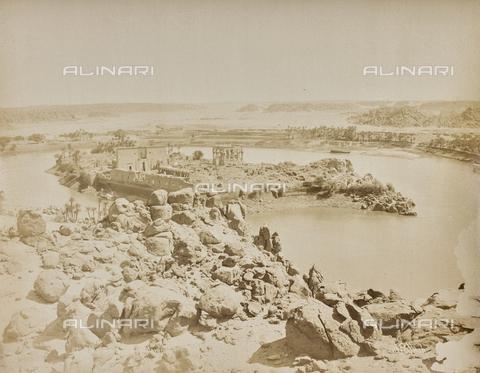 AVQ-A-000523-0064 - Tempio dell'isola di File (Philae), Egitto - Data dello scatto: 1880 - 1890 - Raccolte Museali Fratelli Alinari (RMFA), Firenze