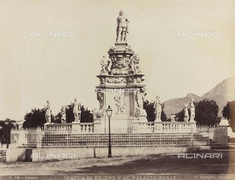 AVQ-A-000570-0013 - Monumento a Filippo V in Piazza della Vittoria, Palermo - Data dello scatto: 1880-1890 - Raccolte Museali Fratelli Alinari (RMFA), Firenze