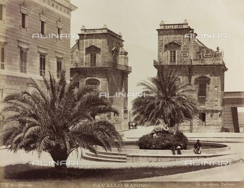 AVQ-A-000570-0021 - Veduta di Piazza Santo Spirito a Palermo - Data dello scatto: 1880-1890 - Raccolte Museali Fratelli Alinari (RMFA), Firenze
