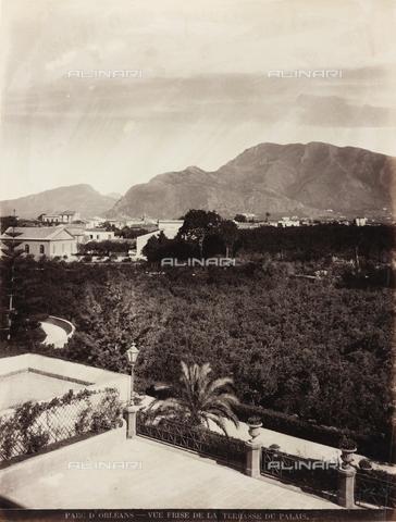 AVQ-A-000570-0041 - Veduta del Monte Cuccio dalla terrazza del Palazzo d'Orléans a Palermo - Data dello scatto: 1900 ca. - Raccolte Museali Fratelli Alinari (RMFA), Firenze