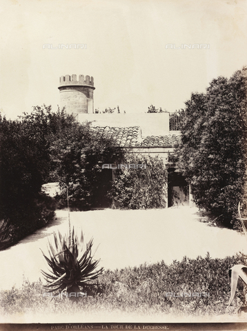 AVQ-A-000570-0045 - Veduta del Parco d'Orléans a Palermo con la Torre della Duchessa - Data dello scatto: 1900 ca. - Raccolte Museali Fratelli Alinari (RMFA), Firenze