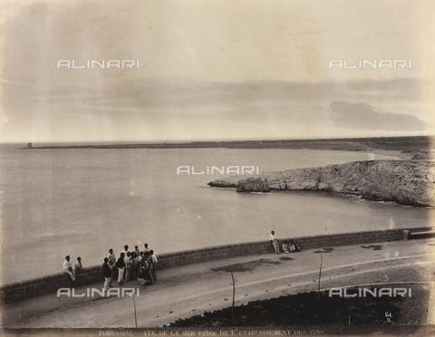 AVQ-A-000570-0057 - Veduta del mare a Terrasini, Palermo - Data dello scatto: 1900 ca. - Raccolte Museali Fratelli Alinari (RMFA), Firenze
