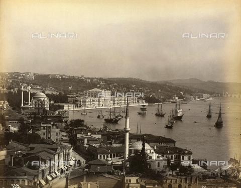 AVQ-A-000895-0014 - Il palazzo del Sultano sul Bosforo a Costantinopoli - Data dello scatto: 1850-1900 - Archivi Alinari, Firenze