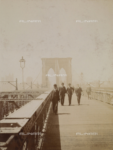 AVQ-A-000991-0006 - Men walking on the Brooklyn Bridge, New York