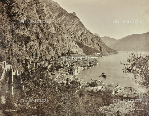 AVQ-A-000992-0093 - View of Limone sul Garda - Date of photography: 1890-1899 - Fratelli Alinari Museum Collections, Florence