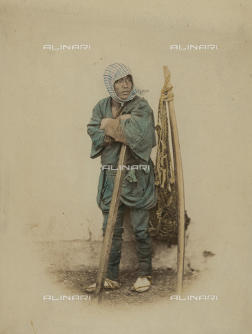 AVQ-A-000994-0001 - Young Japanese farmer - Data dello scatto: 1863-1877 - Archivi Alinari, Firenze