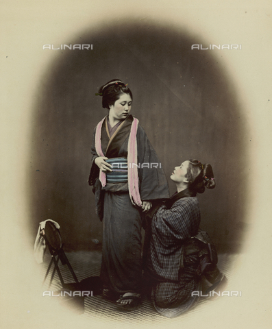 AVQ-A-000994-0004 - Young Japanese women - Data dello scatto: 1863-1877 - Archivi Alinari, Firenze
