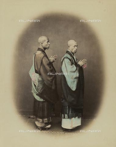 AVQ-A-000994-0005 - Japanese Zen Shu priests - Data dello scatto: 1863-1877 - Archivi Alinari, Firenze