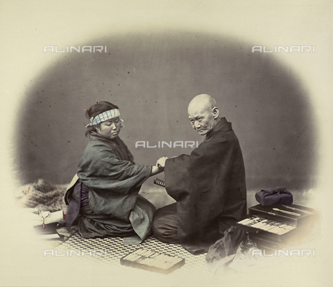 AVQ-A-000994-0008 - Japanese doctor visiting a young patient - Data dello scatto: 1863-1877 - Archivi Alinari, Firenze