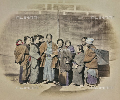 AVQ-A-000994-0013 - Japanese family - Data dello scatto: 1863-1877 - Archivi Alinari, Firenze