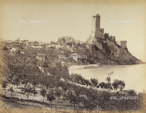 AVQ-A-001033-0046 - Malcesine sul Lago di Garda - Data dello scatto: 1870-1880 - Archivi Alinari, Firenze