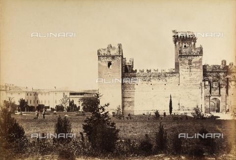 AVQ-A-001033-0047 - Il castello di Malcesine, Verona - Data dello scatto: 1870-1880 - Archivi Alinari, Firenze