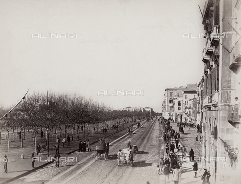 "AVQ-A-001037-0067 - ""Excursion en Italie"": Via Roma in Cagliari"