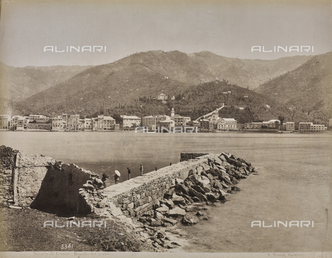 "AVQ-A-001038-0041 - Album ""Gênes et ses environs octobre 1891 - 1307"": Rapallo's view of the harbor. Date 1307 refers to the Rumi calendar (calendar used since 1839 by the Ottoman Empire and the Turkish Republic until 1926) - Data dello scatto: 10/1891 - Archivi Alinari, Firenze"