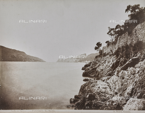 "AVQ-A-001038-0070 - Album ""Gênes et ses environs octobre 1891 - 1307"": view of ""Strait"" in Portovenere in the Gulf of La Spezia. Date 1307 refers to the Rumi calendar (calendar used since 1839 by the Ottoman Empire and the Turkish Republic until 1926) - Data dello scatto: 10/1891 - Archivi Alinari, Firenze"