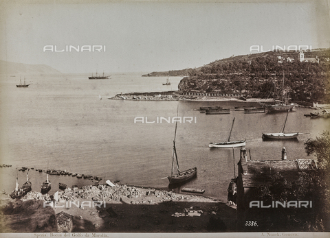 "AVQ-A-001038-0075 - Album ""Gênes et ses environs octobre 1891 - 1307"": view of the Gulf of La Spezia from Marola. Date 1307 refers to the Rumi calendar (calendar used since 1839 by the Ottoman Empire and the Turkish Republic until 1926) - Data dello scatto: 10/1891 - Archivi Alinari, Firenze"