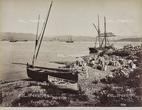 "AVQ-A-001038-0078 - Album ""Gênes et ses environs octobre 1891 - 1307"": Gulf of La Spezia da Cadimare. Date 1307 refers to the Rumi calendar (calendar used since 1839 by the Ottoman Empire and the Turkish Republic until 1926) - Data dello scatto: 10/1891 - Archivi Alinari, Firenze"