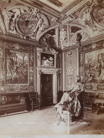 AVQ-A-001084-0005 - Tollot Hall inside the Town Hall of Genoa. The frescoes of the ceiling and the plastic decorations are nineteenth century works by Gandolfi, Gaggini, Carrea and Orengo. - Data dello scatto: 1880 ca. - Archivi Alinari, Firenze