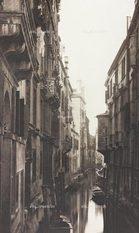 AVQ-A-001272-0013 - Veduta di Rio Albrizzi a Venezia - Data dello scatto: 1890-1895 - Archivi Alinari, Firenze
