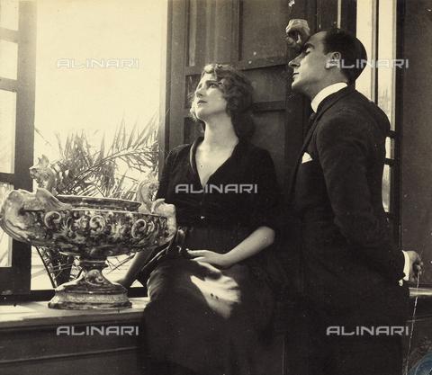 AVQ-A-001285-0046 - Ritratto dell'attrice Cecyl Tryan - Data dello scatto: 1920-1930 - Archivi Alinari, Firenze
