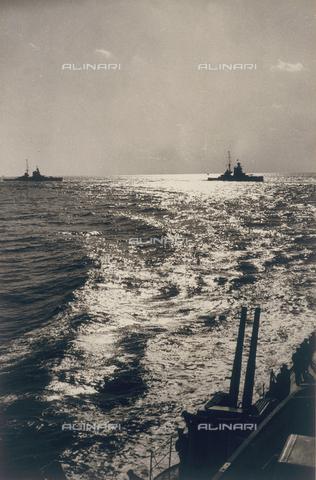 AVQ-A-001375-0020 - Italian war ships - Data dello scatto: 1936 - Archivi Alinari, Firenze