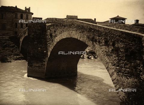 AVQ-A-001520-0028 - Cannara - Data dello scatto: 1927 - Archivi Alinari, Firenze
