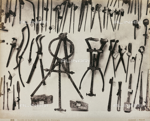 "AVQ-A-001564-0023 - ""Neaples"" album: ""Naples Museum of Surgery"" - Data dello scatto: 1880-1890 - Archivi Alinari, Firenze"