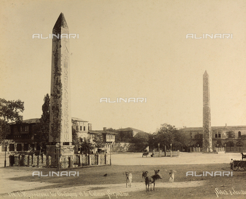 """AVQ-A-001826-0018 - """"Souvenir de Costantinople"""": Obelisk of Theodosius, the Serpentine Column and the Column of Constantine at the Hippodrome in Istanbul - Data dello scatto: 1860-1890 ca. - Archivi Alinari, Firenze"""
