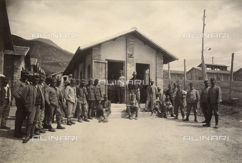 "AVQ-A-001931-0035 - Concentration camp for prisoners of war at Avezzano-Sulmona-Serviglano: latrine of the third sector with deportees in the ""Fonte d'Amore"" camp in Sulmona, province of L'Aquila"