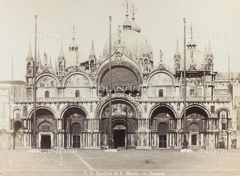 AVQ-A-002026-0002 - Façade of the Basilica of San Marco in Venice - Data dello scatto: 1870-1880 - Archivi Alinari, Firenze