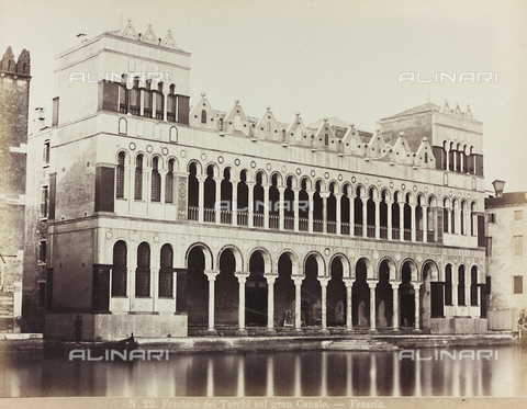 AVQ-A-002026-0014 - The Fondaco dei Turchi in Venice, today Natural History Museum - Data dello scatto: 1870-1880 - Archivi Alinari, Firenze