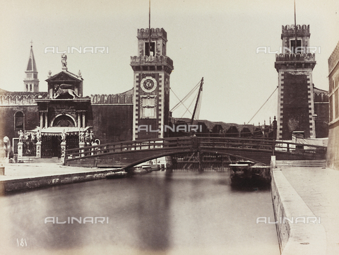 AVQ-A-002026-0016 - View of the Arsenal of Venice - Data dello scatto: 1870-1880 - Archivi Alinari, Firenze