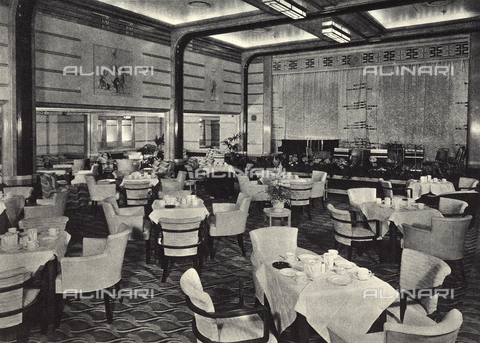 AVQ-A-002346-0019 - R.M.S. Queen Mary: tourist class dining hall on the main bridge of the transatlantic Queen Mary