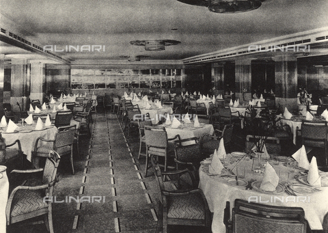 AVQ-A-002346-0023 - R.M.S. Queen Mary: tourist class restaurant of the transatlantic Queen Mary