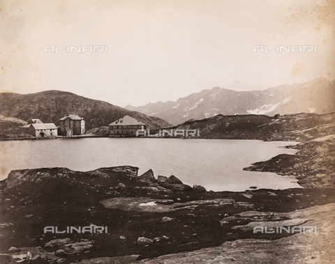 AVQ-A-002614-0007 - Refuge near the St. Gotthard Pass in Switzerland - Data dello scatto: 1888 - Archivi Alinari, Firenze