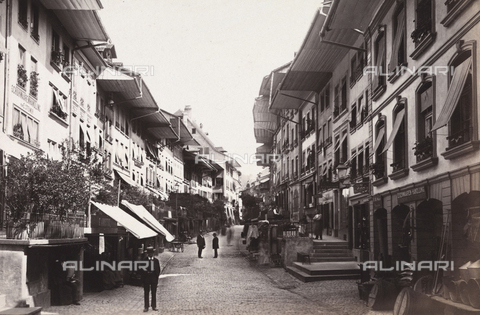 AVQ-A-002614-0044 - Streets of the city of Thun, Switzerland - Data dello scatto: 1888 - Archivi Alinari, Firenze