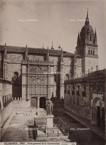 AVQ-A-002692-0067 - Il Palazzo dell'Università di Salamanca in Spagna - Data dello scatto: 1875 ca. - Archivi Alinari, Firenze