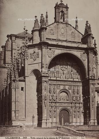 AVQ-A-002692-0072 - Facciata della chiesa di San Domenico a Salamanca - Data dello scatto: 1875 ca. - Raccolte Museali Fratelli Alinari (RMFA), Firenze