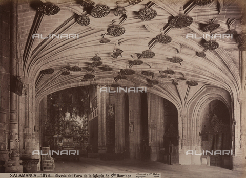 AVQ-A-002692-0078 - Il coro della chiesa di San Domenico a Salamanca - Data dello scatto: 1875 ca. - Raccolte Museali Fratelli Alinari (RMFA), Firenze