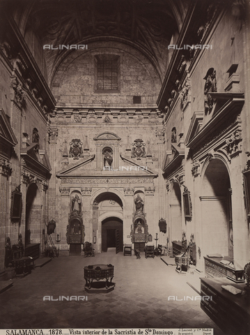 AVQ-A-002692-0079 - La sacrestia della chiesa di San Domenico a Salamanca - Data dello scatto: 1875 ca. - Raccolte Museali Fratelli Alinari (RMFA), Firenze