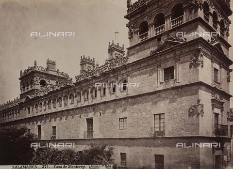 AVQ-A-002692-0090 - Il Palacio de Monterrey a Salamanca - Data dello scatto: 1875 ca. - Raccolte Museali Fratelli Alinari (RMFA), Firenze