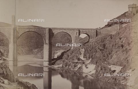 AVQ-A-002692-0096 - Il ponte romano di Alcantara in Spagna - Data dello scatto: 1875 ca. - Archivi Alinari, Firenze