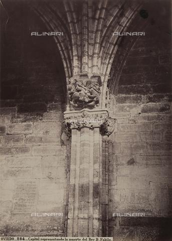 AVQ-A-002692-0105 - Capitello figurato, all'interno della cattedrale di Oviedo in Spagna - Data dello scatto: 1875 ca. - Archivi Alinari, Firenze