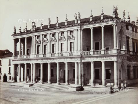 AVQ-A-002794-0018 - Palazzo Chiericati, oggi Museo Civico, Vicenza - Data dello scatto: 1890 ca. - Archivi Alinari, Firenze
