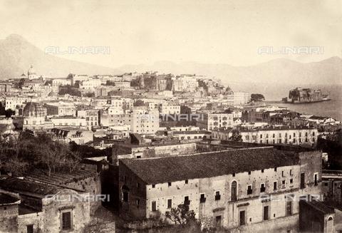 AVQ-A-002966-0015 - View of Naples from the old Maria Teresa street. - Data dello scatto: 1854-1863 - Archivi Alinari, Firenze