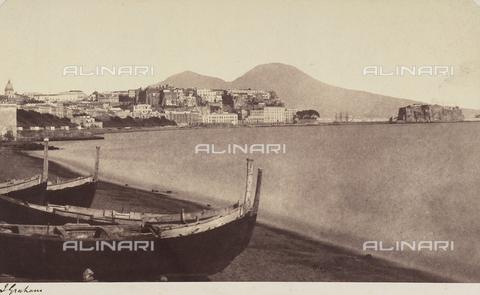 AVQ-A-002966-0016 - La riviera di Chiaia a Napoli, ripresa dalla Villa Comunale. - Data dello scatto: 1854-1863 - Archivi Alinari, Firenze
